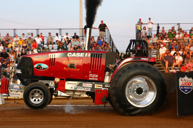 Wipe Out Enterprises Tractor Pulling